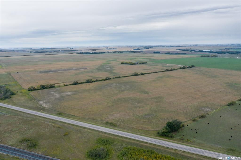 Main Photo: RM of Perdue - 148 Acres in Perdue: Lot/Land for sale (Perdue Rm No. 346)  : MLS®# SK870827