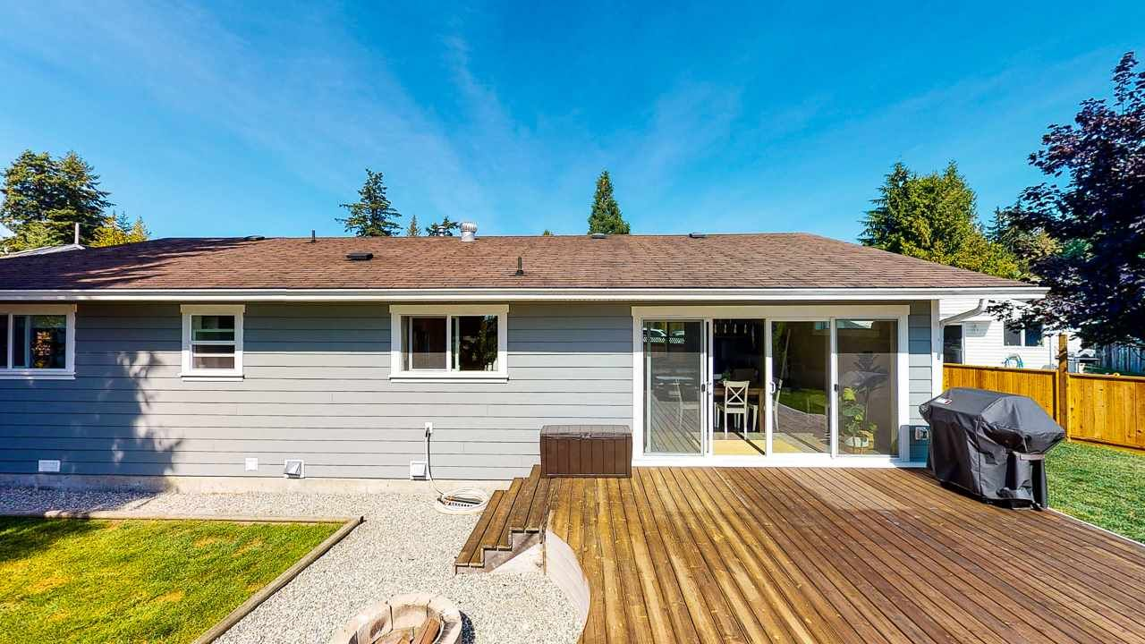 Photo 35: Photos: 5472 CARNABY Place in Sechelt: Sechelt District House for sale (Sunshine Coast)  : MLS®# R2495555