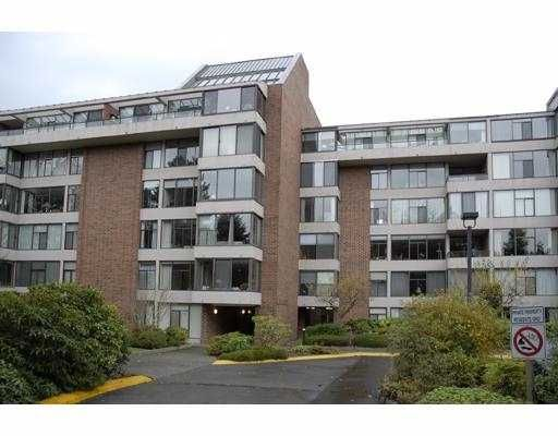 """Main Photo: 4101 YEW Street in Vancouver: Quilchena Condo for sale in """"ARBUTUS VILLAGE"""" (Vancouver West)  : MLS®# V640015"""