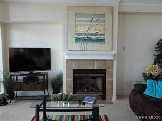 Photo 5: 816 21 Dallas Rd in VICTORIA: Vi James Bay Condo for sale (Victoria)  : MLS®# 735342