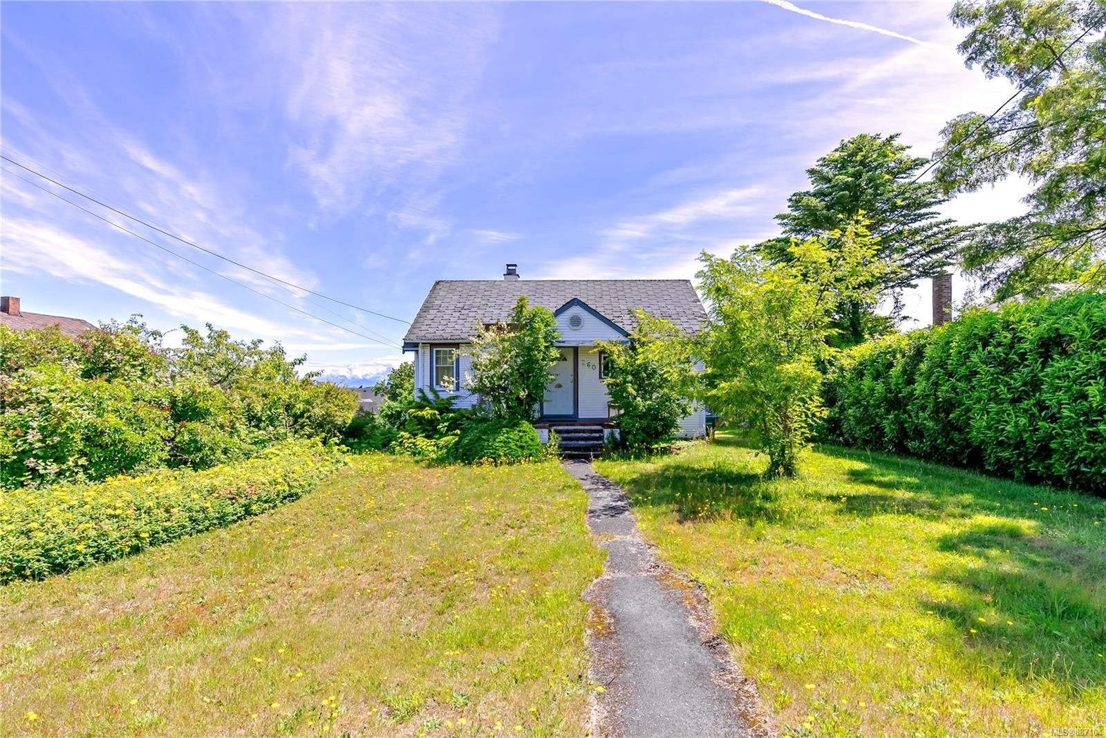 Main Photo: 260 Pine St in : Na Old City House for sale (Nanaimo)  : MLS®# 887104