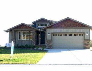 "Photo 8: 6367 SAMRON RD in Sechelt: Sechelt District House for sale in ""ORCA VISTA"" (Sunshine Coast)  : MLS®# V531287"