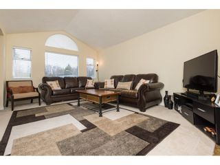 Photo 5: 6630 141A Street in Surrey: East Newton House for sale : MLS®# R2235512