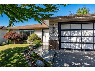 Photo 3: 2828 CROSSLEY Drive in Abbotsford: Abbotsford West House for sale : MLS®# R2502326