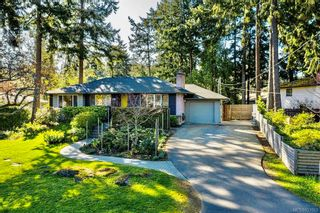 Photo 50: 2404 Alpine Cres in Saanich: SE Arbutus House for sale (Saanich East)  : MLS®# 837683