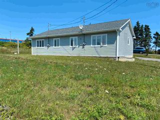 Photo 3: 2351 Highway 206 in Arichat: 305-Richmond County / St. Peters & Area Multi-Family for sale (Highland Region)  : MLS®# 202119766