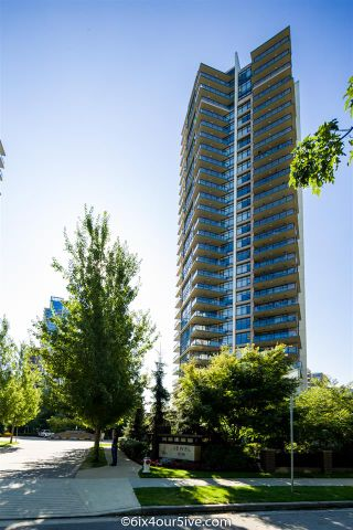 """Photo 1: 2301 6188 WILSON Avenue in Burnaby: Metrotown Condo for sale in """"JEWEL I"""" (Burnaby South)  : MLS®# R2202465"""