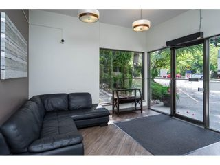 """Photo 25: 302 1720 SOUTHMERE Crescent in White Rock: Sunnyside Park Surrey Condo for sale in """"Capstan Way"""" (South Surrey White Rock)  : MLS®# R2602939"""