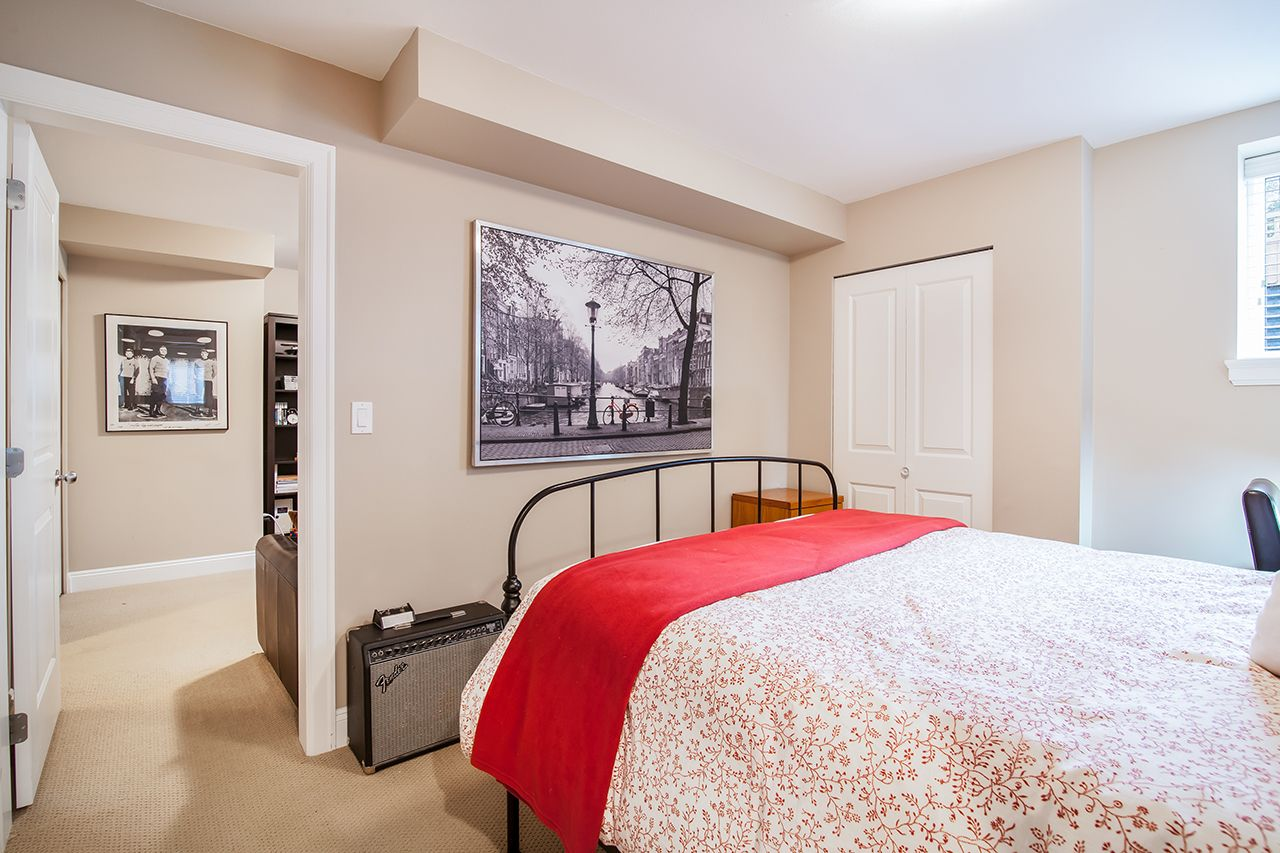 """Photo 28: Photos: 2907 152A Street in Surrey: King George Corridor House for sale in """"SOUTHPOINT ESTATES"""" (South Surrey White Rock)  : MLS®# R2278623"""