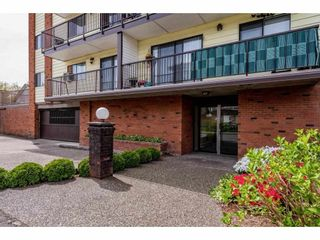 """Photo 3: 105 9417 NOWELL Street in Chilliwack: Chilliwack N Yale-Well Condo for sale in """"THE AMBASSADOR"""" : MLS®# R2575032"""