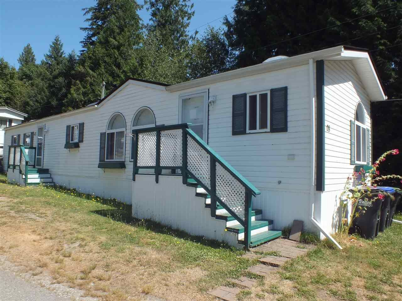 Main Photo: 8 22885 TRANS CANADA Highway in Hope: Hope Center Manufactured Home for sale : MLS®# R2482859