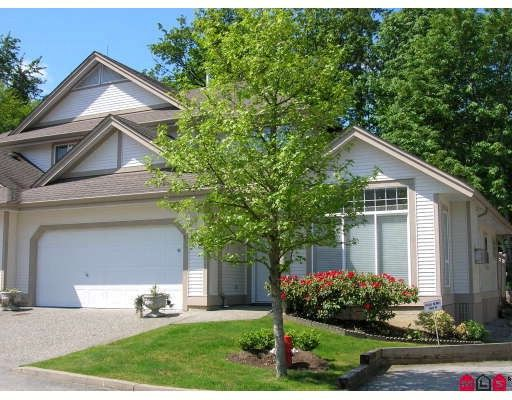 """Main Photo: 88 9025 216TH Street in Langley: Walnut Grove Townhouse for sale in """"COVENTRY WOODS"""" : MLS®# F2910652"""