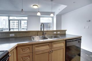 Photo 8: 605 836 15 Avenue SW in Calgary: Beltline Apartment for sale : MLS®# A1086146
