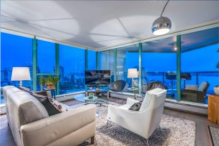 """Photo 4: 1401 120 W 2ND Street in North Vancouver: Lower Lonsdale Condo for sale in """"The Observatory"""" : MLS®# R2526275"""