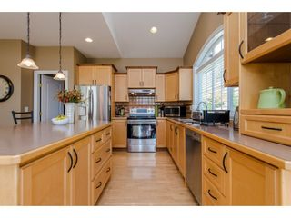 """Photo 8: 35784 REGAL Parkway in Abbotsford: Abbotsford East House for sale in """"REGAL PEAKS"""" : MLS®# R2112545"""