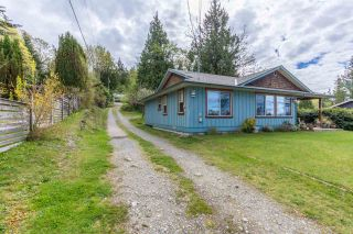 "Photo 16: 5462 MASON Road in Sechelt: Sechelt District House for sale in ""WEST SECHELT"" (Sunshine Coast)  : MLS®# R2174374"