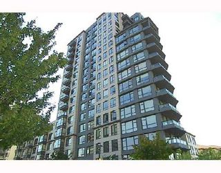 """Photo 1: 305 3520 CROWLEY Drive in Vancouver: Collingwood VE Condo for sale in """"MILLENIO"""" (Vancouver East)  : MLS®# V670239"""