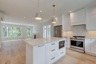 Photo 8: 2987 Irwin Rd in Langford: La Westhills House for sale : MLS®# 878714