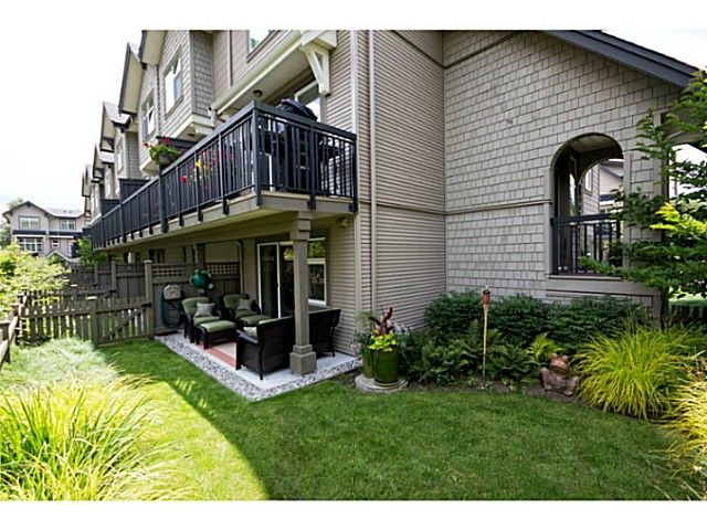 """Main Photo: 752 ORWELL Street in North Vancouver: Lynnmour Townhouse for sale in """"WEDGEWOOD"""" : MLS®# V1016804"""