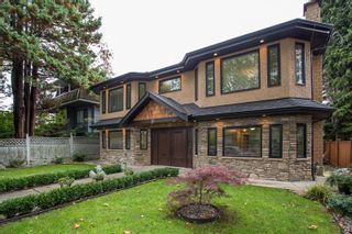 Photo 1: 51 E 42ND Avenue in Vancouver: Main House for sale (Vancouver East)  : MLS®# R2544005