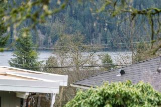 Photo 3: 880 FAIRWAY Drive in North Vancouver: Dollarton House for sale : MLS®# R2035154