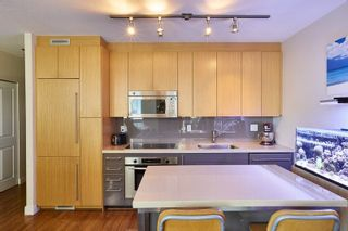 """Photo 3: 805 1833 CROWE Street in Vancouver: False Creek Condo for sale in """"THE FOUNDRY"""" (Vancouver West)  : MLS®# R2120097"""