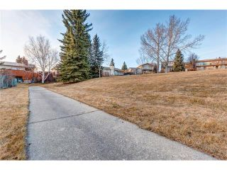 Photo 28: 5844 DALCASTLE Crescent NW in Calgary: Dalhousie House for sale : MLS®# C4053124