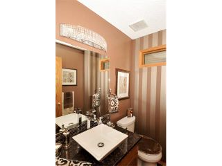 Photo 21: 39 SANDALWOOD Heights NW in Calgary: Sandstone House for sale : MLS®# C4025285