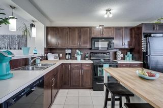 Photo 4: 155 ELGIN MEADOWS Gardens SE in Calgary: McKenzie Towne Semi Detached for sale : MLS®# C4299910