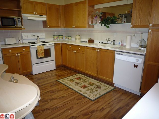 """Photo 3: Photos: 109 7500 COLUMBIA Street in Mission: Mission BC Condo for sale in """"Edward Estates"""" : MLS®# F1114183"""