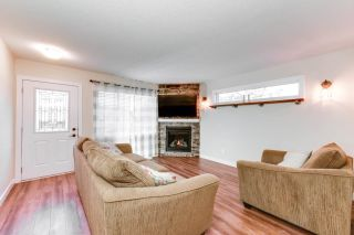 Photo 6: 76 DUNLUCE Road in Edmonton: Zone 27 House for sale : MLS®# E4261665