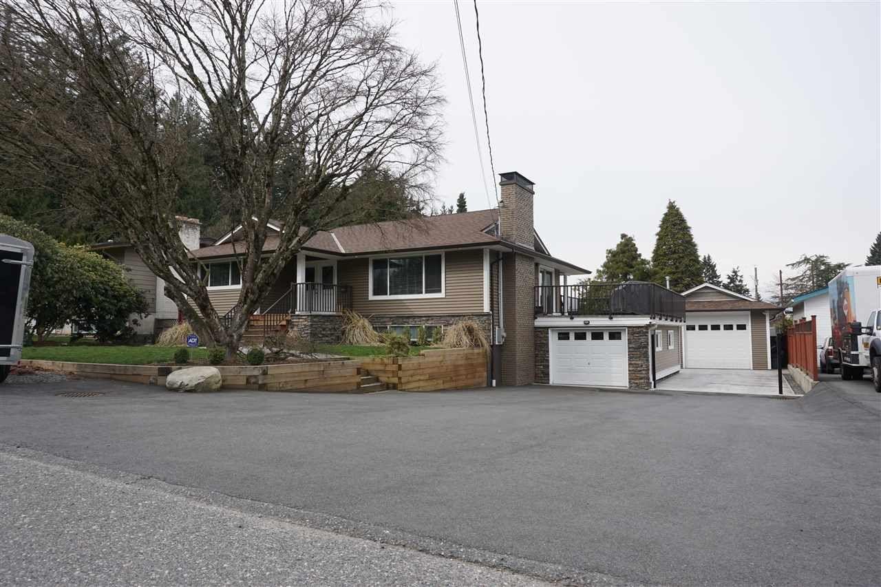 Main Photo: 33331 LYNN Avenue in Abbotsford: Central Abbotsford House for sale : MLS®# R2447191