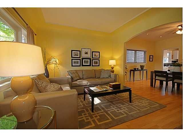 """Main Photo: 4016 GLEN Drive in Vancouver: Knight House for sale in """"Cedar Cottage"""" (Vancouver East)  : MLS®# V948696"""
