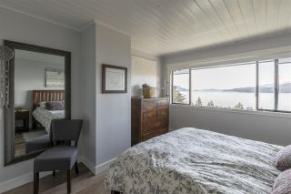 "Photo 17: 428 CROSSCREEK Road: Lions Bay Townhouse for sale in ""Lions Bay"" (West Vancouver)  : MLS®# R2498583"