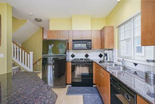 Photo 8: 21 1108 RIVERSIDE CLOSE in Port Coquitlam: Riverwood Townhouse for sale : MLS®# R2396289