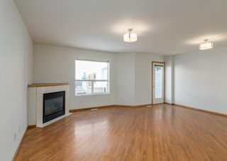 Photo 3: 44 Mt Aberdeen Manor SE in Calgary: McKenzie Lake Row/Townhouse for sale : MLS®# A1078644