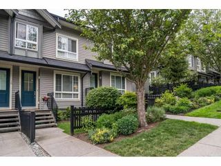 """Photo 3: 11 21867 50 Avenue in Langley: Murrayville Townhouse for sale in """"Winchester"""" : MLS®# R2582823"""