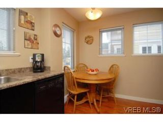 Photo 5: 104 842 Brock Ave in VICTORIA: La Langford Proper Row/Townhouse for sale (Langford)  : MLS®# 507331