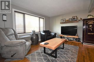 Photo 16: 106 Lodgepole Drive in Hinton: House for sale : MLS®# A1085341