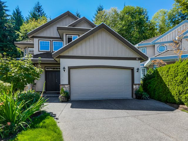 Main Photo: 3086 MOSS Court in Coquitlam: Westwood Plateau House for sale : MLS®# 1137524