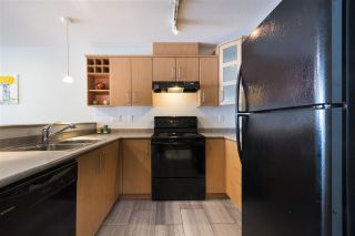 """Photo 6: 205 3148 ST JOHNS Street in Port Moody: Port Moody Centre Condo for sale in """"SONRISA"""" : MLS®# R2171149"""