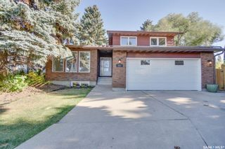 Photo 1: 823 Costigan Court in Saskatoon: Lakeview SA Residential for sale : MLS®# SK871669