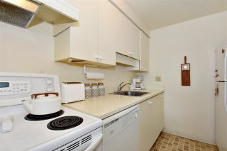 """Photo 10: 242 658 LEG IN BOOT Square in Vancouver: False Creek Condo for sale in """"HEATHER BAY QUAY"""" (Vancouver West)  : MLS®# R2404905"""