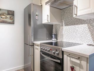 """Photo 6: 202 2885 SPRUCE Street in Vancouver: Fairview VW Condo for sale in """"Fairview Gardens"""" (Vancouver West)  : MLS®# R2572384"""