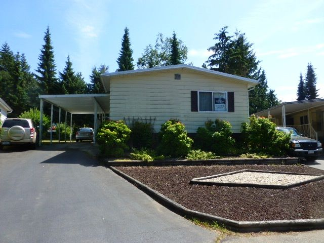 "Main Photo: 103 3665 244 Street in Langley: Otter District Manufactured Home for sale in ""LANGLEY GROVE ESTATES"" : MLS®# R2187800"