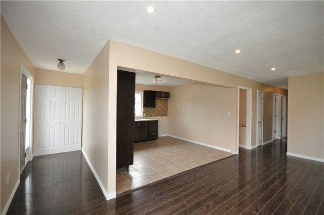Photo 18: Photos: 7 Wasslow Avenue in Georgina: Pefferlaw House (Bungalow) for sale : MLS®# N3236900