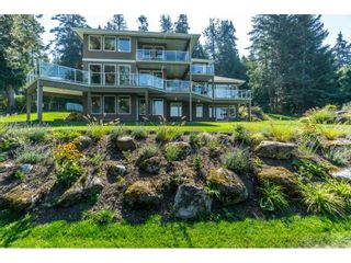 Photo 1: 12929 CRESCENT ROAD in Surrey: Crescent Bch Ocean Pk. House for sale (South Surrey White Rock)  : MLS®# R2456351