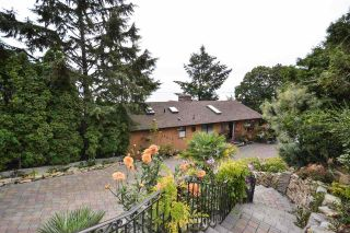 "Photo 3: 14810 PROSPECT Avenue: White Rock House for sale in ""South Slope"" (South Surrey White Rock)  : MLS®# R2540895"
