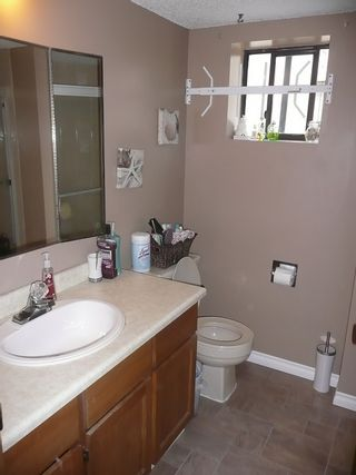 Photo 13: 3737 MANOR STREET in Burnaby: Central BN 1/2 Duplex for sale (Burnaby North)  : MLS®# R2032641