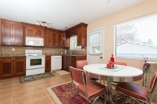 Photo 3: 11838 BONSON Road in Pitt Meadows: Central Meadows House for sale : MLS®# R2083009